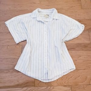 Elizabeth and James Boxy Short Sleeve Button Down